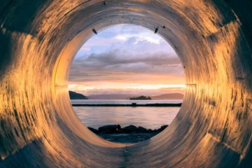Light at the end of the tunnel image on the hypnotherapy page